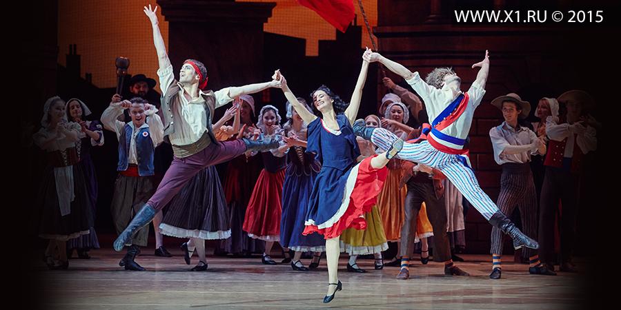 ������ ������ � ����� � �������� � ������������� ��������������� ������������� ����� ����� � ������ � ����� � ������� � 19.11.15 �. �����������, ������, ������. ���� ��������, ������ ���������, ���� ��������, ���� �������� � ������. -- Flames of Paris - ballet - premiere - Novosibirsk State Academic Opera and Ballet Theater - NovAT - NGATOiB - 11/19/15 Novosibirsk, Siberia, Russia. Ivan Vasiliev, Oksana Bondareva, Anna Odintsov�, Ivan Kuznetsov and others.